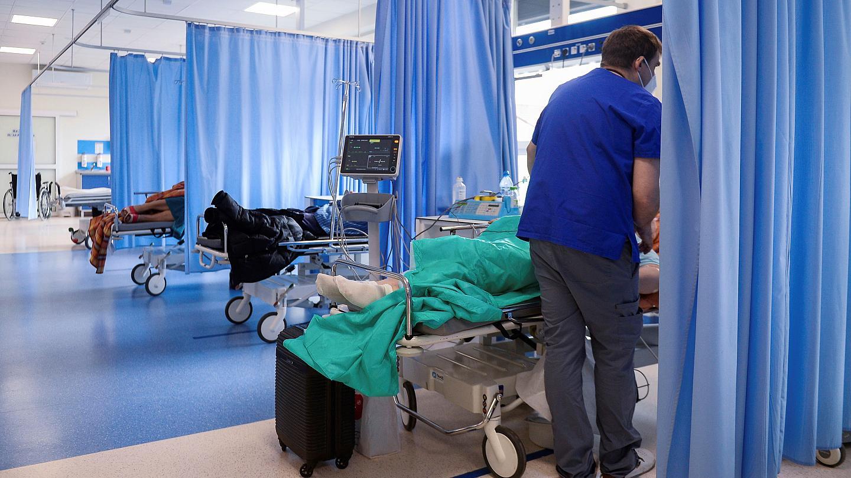 Ένας θάνατος,124 νέα περιστατικά, 97 νοσηλεύονται