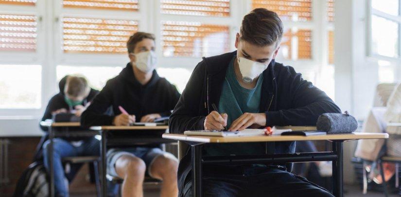 Πανδημία: Στο επίκεντρο προσοχής τα σχολεία