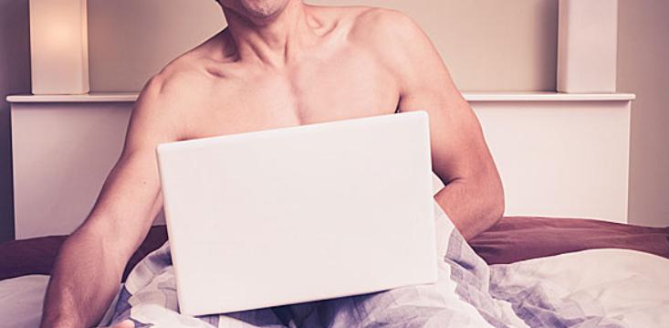 Επιδρούν οι τολμηρές ταινίες στα επίπεδα τεστοστερόνης στον άνδρα;