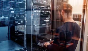 Η Cloud Layer 8 λανσάρει τη νέα και σύγχρονη εταιρική ιστοσελίδα της
