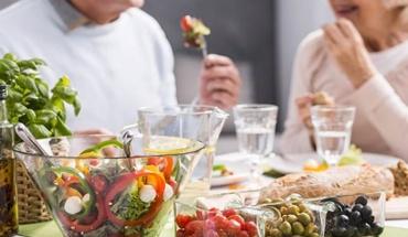 Λιγότερο κρέας στην διατροφή για περισσότερα χρόνια ζωής
