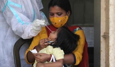 Συνεχίζει να πλήττεται από την Covid -19 η Ινδία, αυξάνονται οι μολύνσεις στη Ν. Αφρική