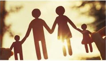 Η περήφανη αλλά και δύσκολη στιγμή που ο γονιός αποχωρίζεται το ενήλικο παιδί