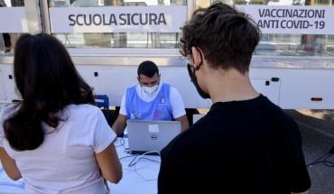 Μεγάλη μείωση των νέων εμβολιασμών στην Ιταλία την τελευταία εβδομάδα