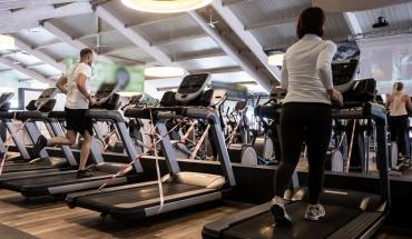 Πώς να αποφύγετε τους τραυματισμούς επιστρέφοντας στην εκγύμναση