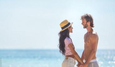 Eπηρεάζεται η ερωτική επιθυμία το καλοκαίρι;
