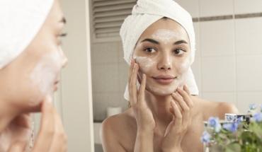 8+1 τρόποι για υγιές και νεανικό δέρμα προσώπου