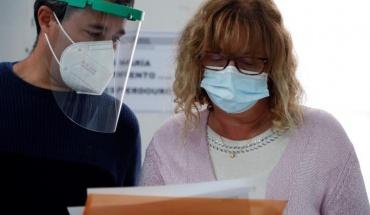 Τριπλάσιος ο αριθμός κρουσμάτων κορωνοϊού σε σχέση με την βαριά γρίπη σε ετήσια βάση