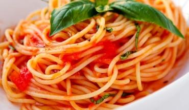 Έρευνα στις ΗΠΑ: Καλύτερα να τρώμε κάθε μέρα μακαρόνια παρά λιπαρά κρέατα
