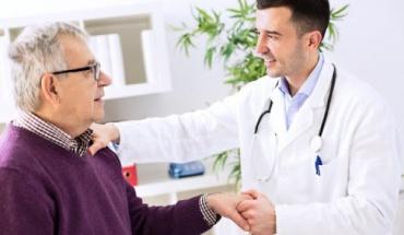 Όλα όσα θα θέλαμε να ρωτήσουμε τον γιατρό μας για το εμβόλιο αν είμαστε καρδιοπαθείς