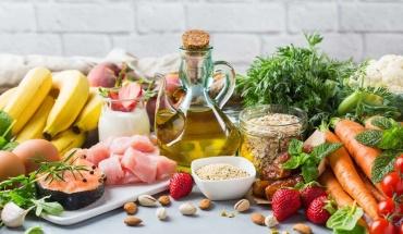 Η μεσογειακή διατροφή είναι η λύση για να γερνάμε υγιείς και ήρεμοι
