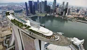 Γιατί η Σιγκαπούρη έχει τους λιγότερους νεκρούς από κορωνοϊό