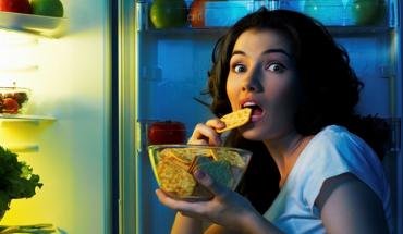 Το γεύμα αργά το βράδυ δημιουργεί προβλήματα παχυσαρκίας και διαβήτη