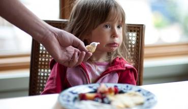 Η έλλειψη μίας βιταμίνης κάνει τα παιδιά πιο νευρικά