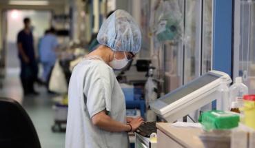 Δύο θάνατοι, 166 νέα κρούσματα και 57 νοσηλευόμενοι τη Δευτέρα