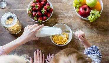 Απαραίτητο το πρωινό γεύμα για παιδιά σχολικής ηλικίας