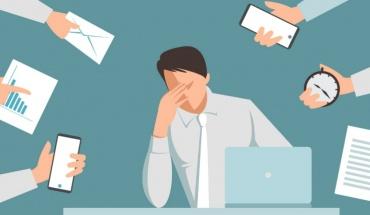 Η πανδημία και η εργασία από το σπίτι αύξησαν το burnout ειδικά στους νέους