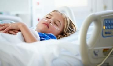 Ελάχιστα παιδιά νοσούν από κορωνοϊό κι ακόμα πιο λίγα με σοβαρά συμπτώματα