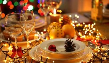 Χριστούγεννα 2020: Με περιορισμούς θα γιορτάσει ο κόσμος την γέννηση του Χριστού
