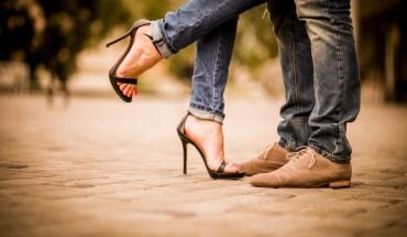 Άλλα ψάχνουν οι άνδρες και άλλα οι γυναίκες σε ό,τι αφορά τον ερωτικό σύντροφο