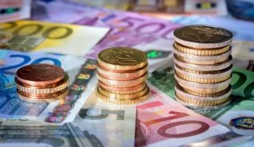 Μη ιδιαίτερος ο κίνδυνος μόλυνσης από κορωνοϊό μέσω χρημάτων