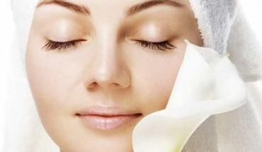 Συμβουλές αντιγήρανσης για ένα υγιές δέρμα σε κάθε ηλικία