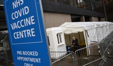 Κοντά στα 5 εκ. οι εμβολιασθέντες στο Ηνωμένο Βασίλειο