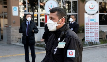 """Το """"φαινόμενο Τουρκία"""" στην παγκόσμια μάχη κατά του κορωνοϊού"""