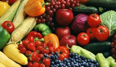 Να τρώμε 5 μερίδες φρούτα και λαχανικά την ημέρα