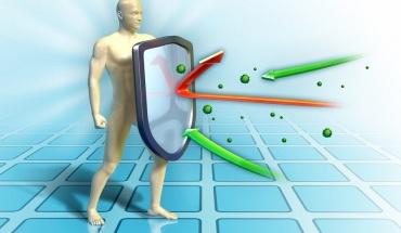 Sars-Cov-2: Μπορούμε να ελπίζουμε σε πολύμηνη ανοσία μετά από νόσηση ή εμβόλιο