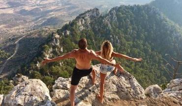 Δημοφιλής η Yoga στην Κύπρο, ποια τα οφέλη