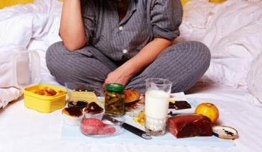 Τρώμε όποτε πεινάμε αλλά όχι πολύ κοντά στην ώρα του νυχτερινού ύπνου
