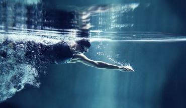 Πολλά τα οφέλη της κολύμβησης για μικρούς και μεγάλους