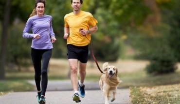 Τα σκυλιά μας βοηθούν να παραμείνουμε fit