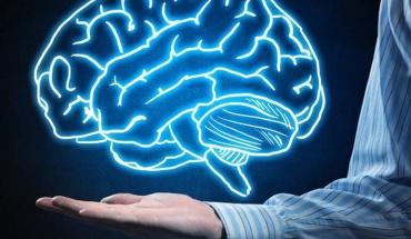 """Πέντε τροφές που """"τονώνουν"""" την εγκεφαλική λειτουργία ακόμα και στη τρίτη ηλικία"""