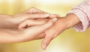 Τα χέρια προδίδουν την ηλικία μας με τρόπους που γνωρίζουμε κι άλλους που δεν φανταζόμαστε