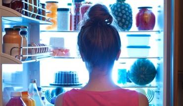 Έξυπνα tips για να μην παχύνουμε τις εβδομάδες της καραντίνας