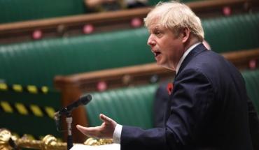 Υπερψηφίστηκαν τα μέτρα κατά SARS-COV-2 που θα ισχύουν από την Τετάρτη στην Αγγλία