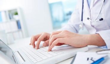 Ο κλάδος της υγείας καθυστερεί να υιοθετήσει ψηφιακές τεχνολογίες