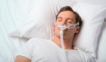 Από σοβαρή νόσηση γρίπης κινδυνεύουν τα άτομα με υπνική άπνοια