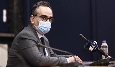 Χρήση έξι δόσεων από το εμβόλιο της Pfizer ανακοίνωσε ο Έλληνας Αναπλ. Υπουργός Υγείας