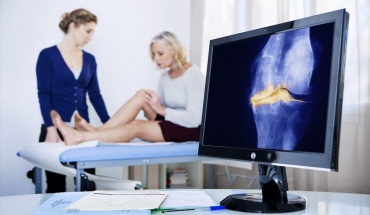 """Εμμηνόπαυση και οστεοπόρωση: Δεν είναι ανάγκη να """"πάνε"""" μαζί"""
