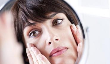 Θεραπείες προσώπου για γυναίκες στην εμμηνόπαυση
