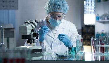 Νέα στοιχεία για το ρόλο του νατρίου σε ασθενείς με COVID-19